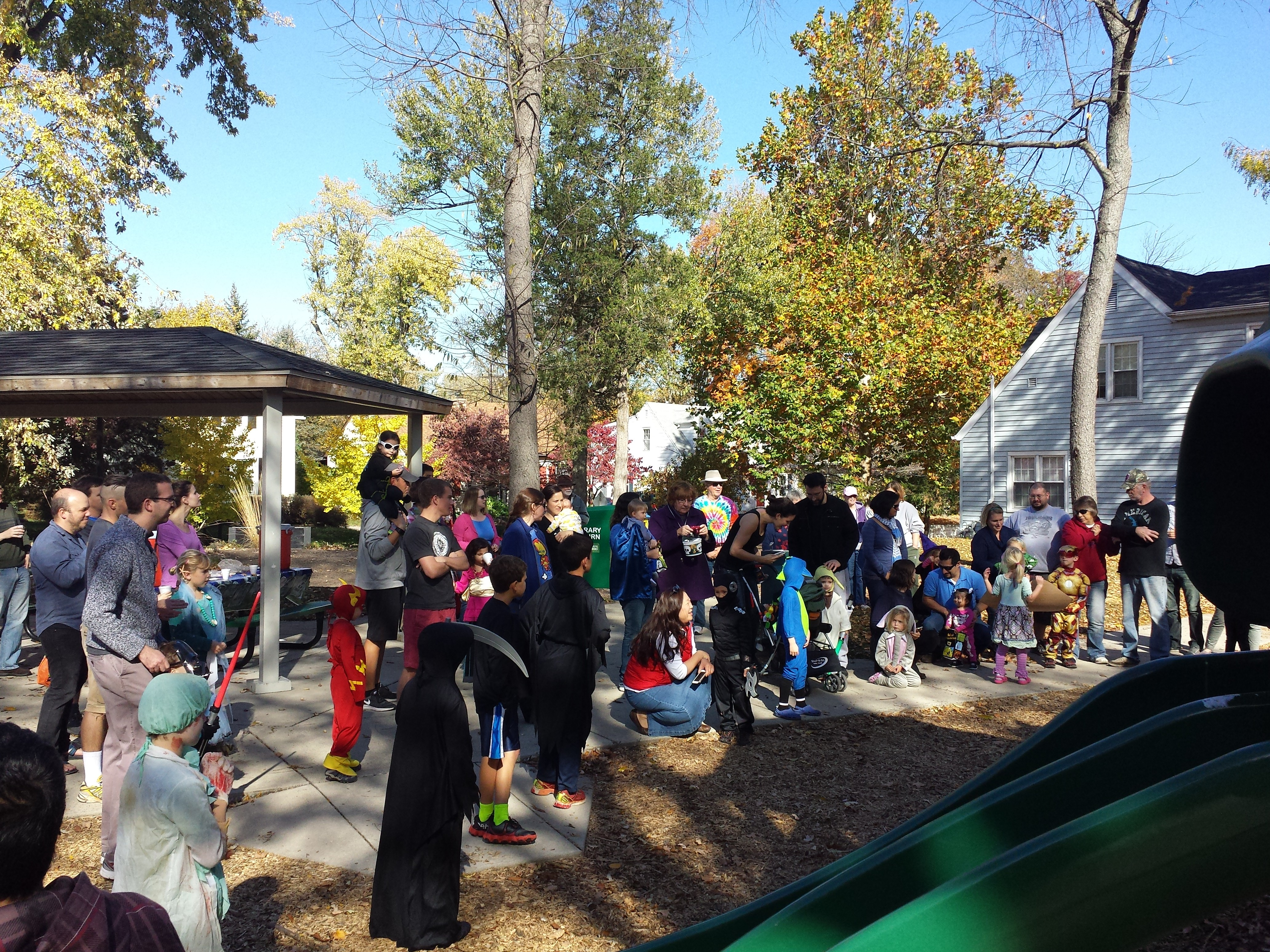 Halloween Parade 2015-IMG_20151025_151323